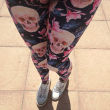 Load image into Gallery viewer, Luesque Memento Mori Casualwear Leggings