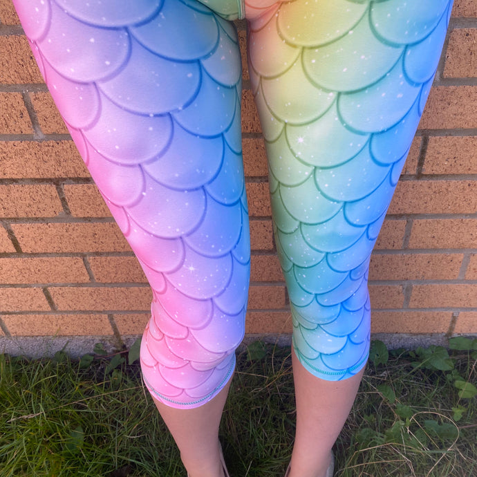 VERSION 3 Holographic Mermaid Capri Length Leggings