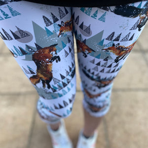 Luesque Frolicking Foxes Capri Length Leggings