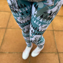 Load image into Gallery viewer, Luesque Polar Family Full Length Leggings