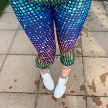 Load image into Gallery viewer, Luesque Disco Dots Capri Length Leggings (slight seconds)