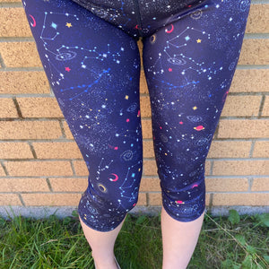 VERSION 3 Into the Night Capri Length Leggings