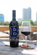 Load image into Gallery viewer, Butler University Etched Wine