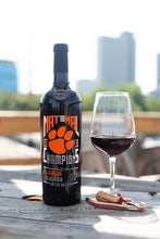 Load image into Gallery viewer, Clemson University 2018 Nat18nal Champions Etched Wine