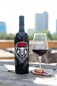 University of New Mexico Lobos Etched Wine Bottle