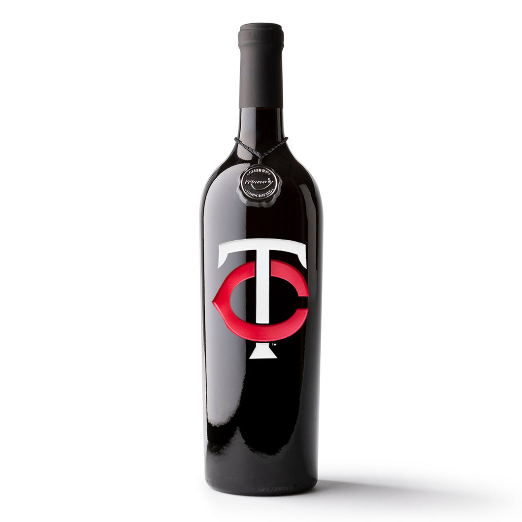 Minnesota Twins™ Etched Wine Bottle