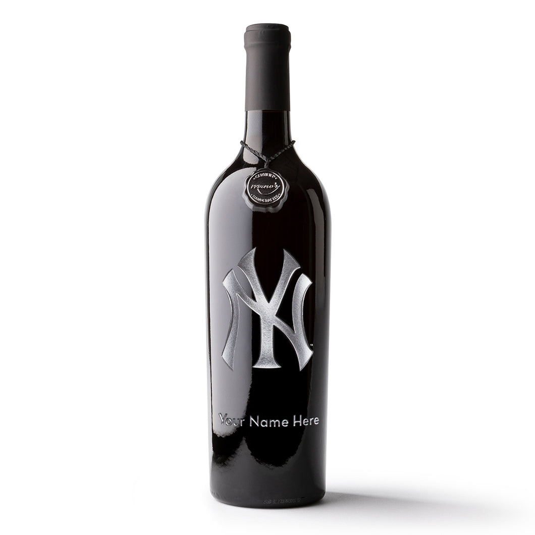 New York Yankees™ Logo Custom Name Etched Wine Bottle