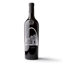 Load image into Gallery viewer, St. Louis Skyline Etched Wine Bottle