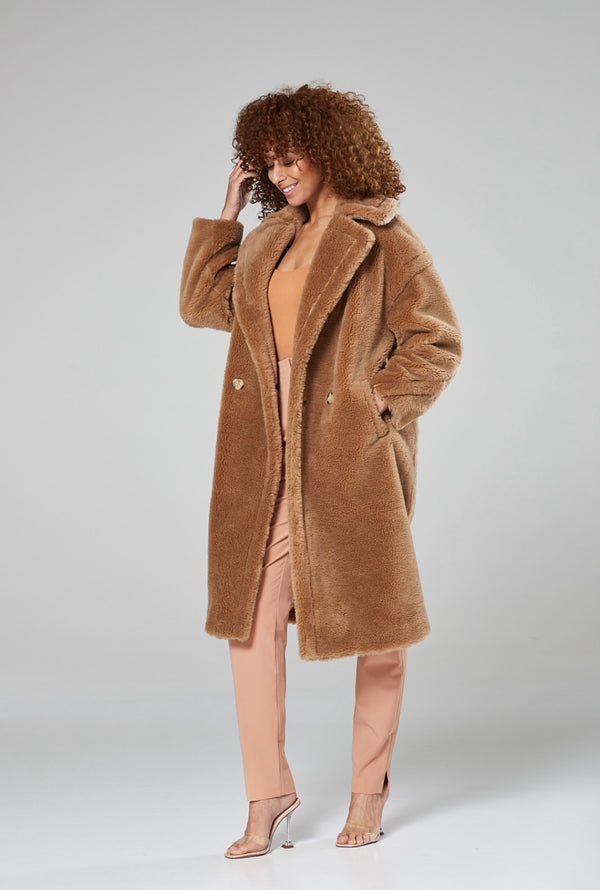 Selena Teddy Coat