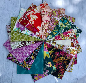 365 Fifth Avenue Fat Quarter Bundle by Bari J