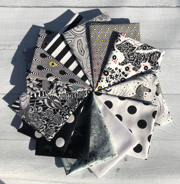Linework Fat Quarter Bundle by Tula Pink