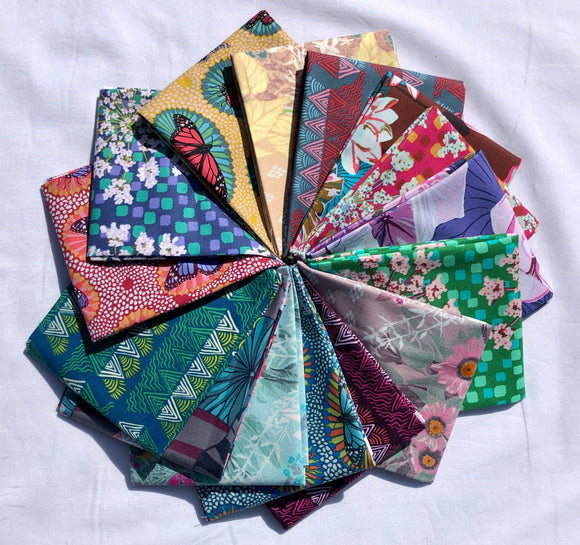 One Mile Radiant Fat Quarter Bundle by Anna Maria Horner