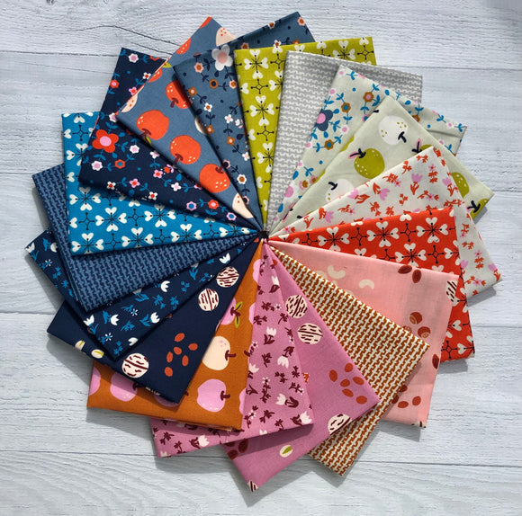 Smol Fat Quarter Bundle by Kimberly Kight