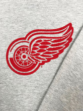 "Charger l'image dans la galerie, Sweat ""Red Wings Detroit"" Vintage Gris Chine"