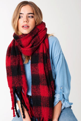 Plaid Comfort Scarf