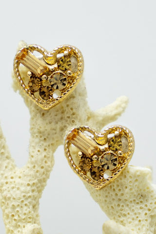 Delightful Heart Studs-Gold