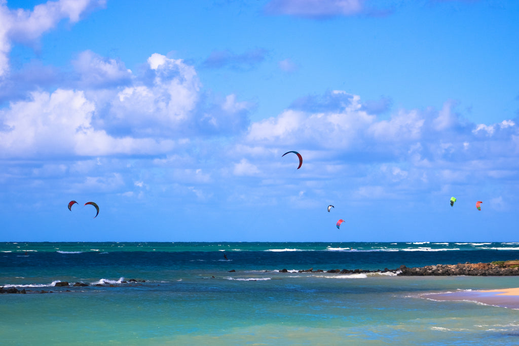 Maui kite surfing