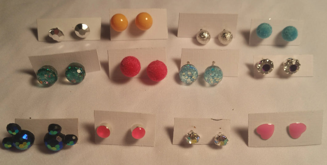 Costume Jewelry Earrings Variety Lot - 12 Total Pairs Of Earrings
