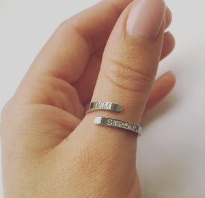 'I AM STRONG' Affirmation Ring - Silver