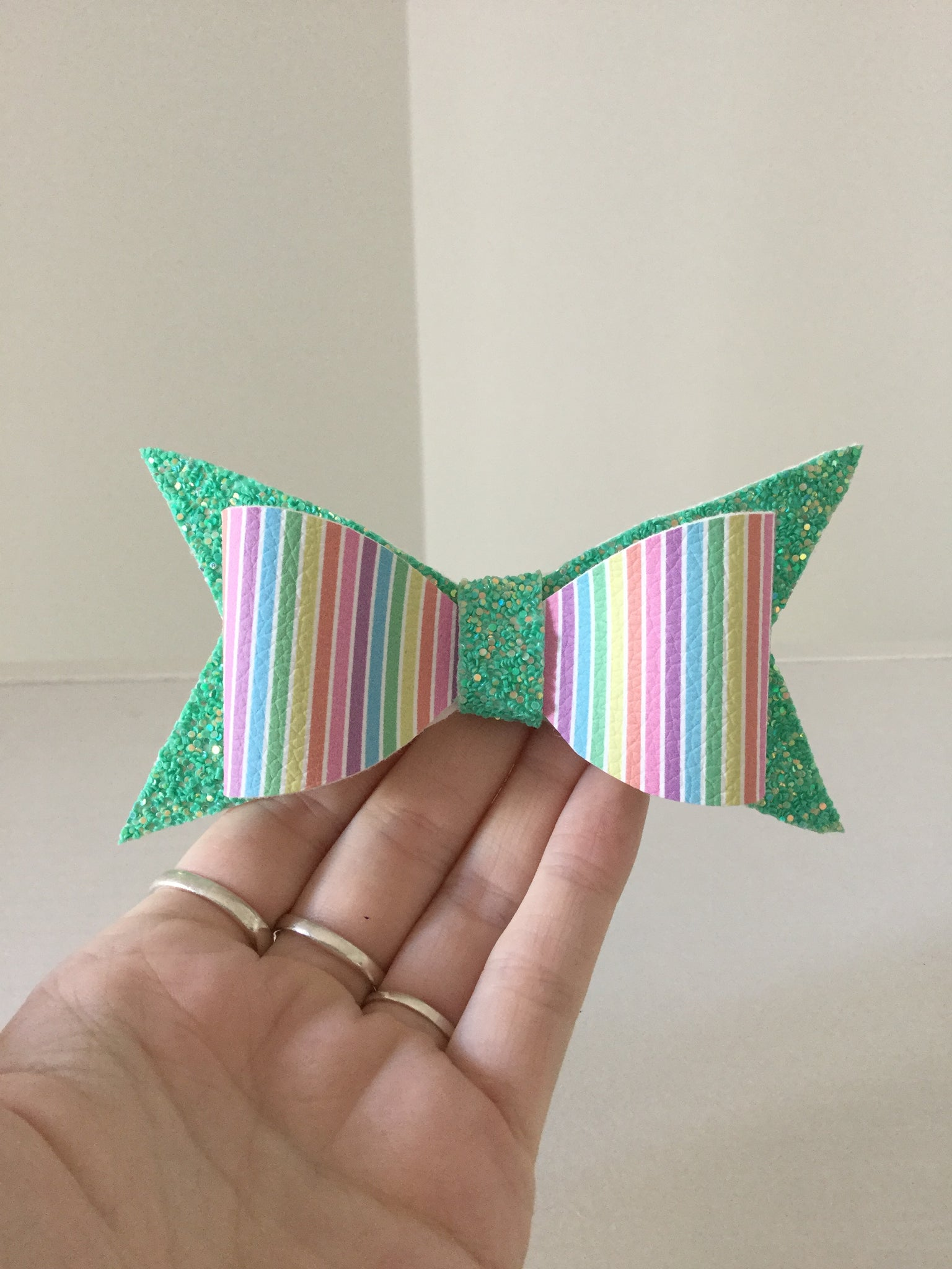 Large Bow ~ Candy