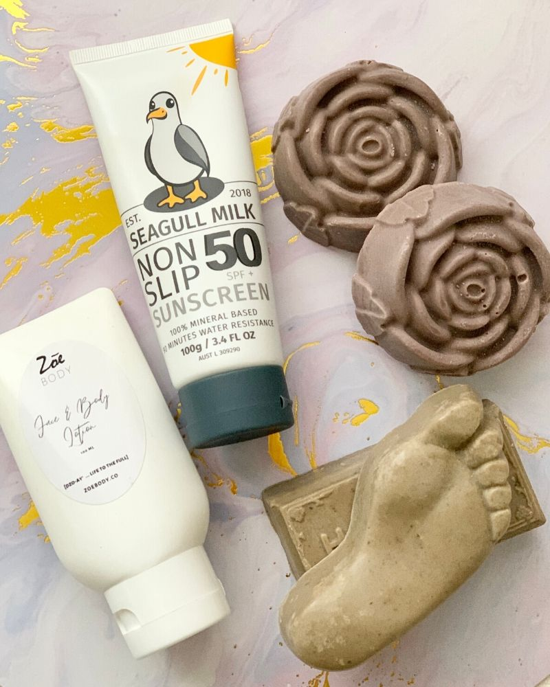 Her Traveller's Essentials + SPF 50