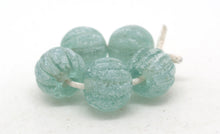 Load image into Gallery viewer, Green Lampwork Melon Beads