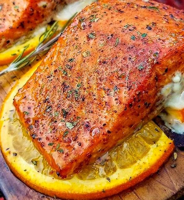 SMOKY CEDAR PLANKED SALMON