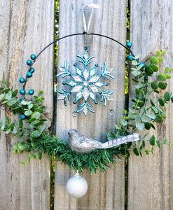 Modern Wreath / Snowflake Bird Wreath - Shabbydabbsdesign