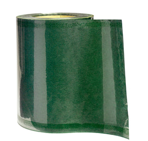 David wrapping roll in green (x1)