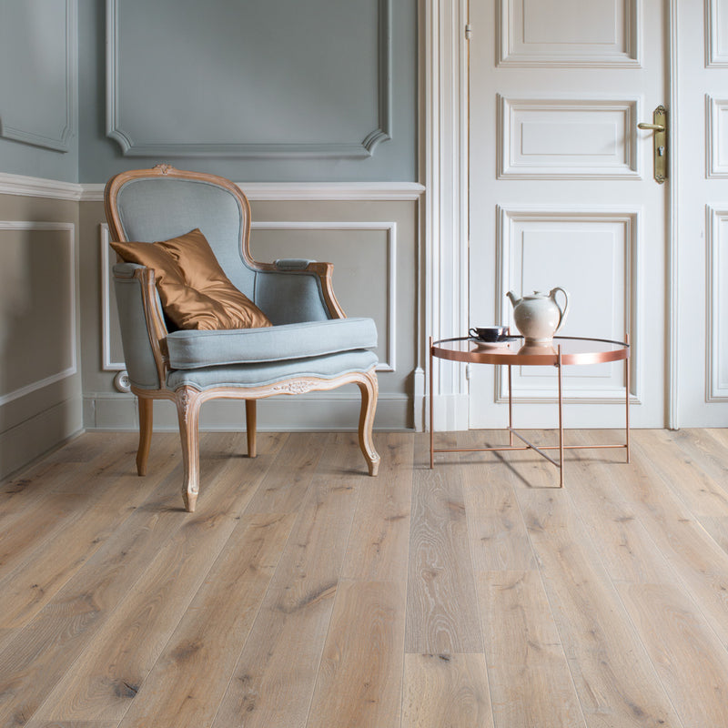 Skyline Oak 087 Grande Narrow Balterio Laminate Flooring - Lifestyle