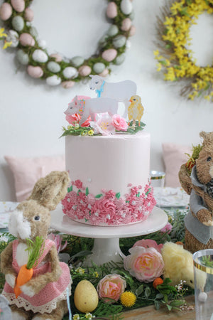 Piped Floral Cake