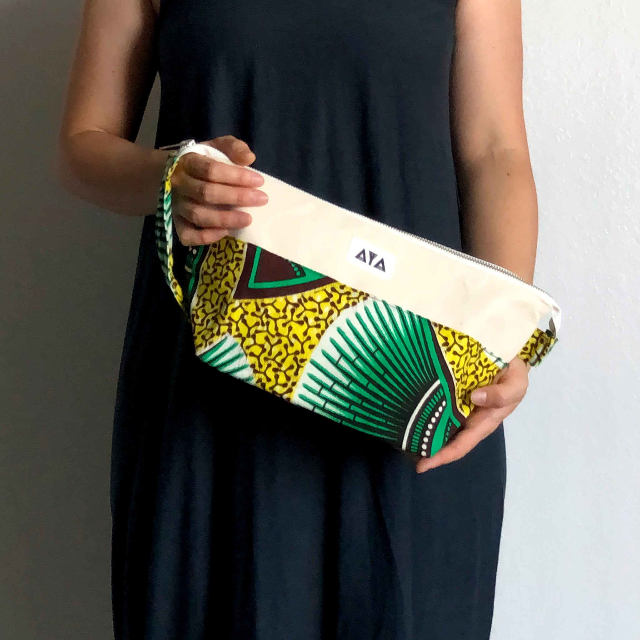 TRAVEL CLUTCH [Green Yellow]