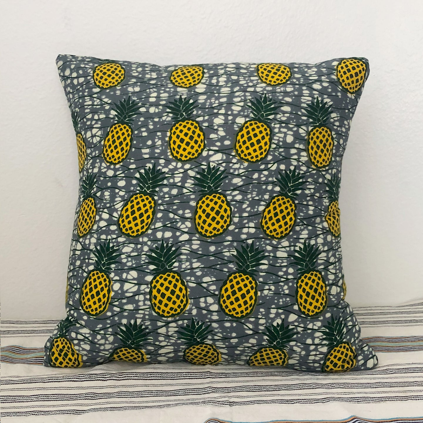 CUSHION COVER  [Yellow Pineapple]