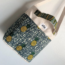 Load image into Gallery viewer, 2WAY TOTE BAG [Yellow Pineapple]