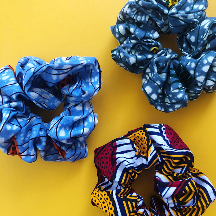 SCRUNCHIE  [3 Colors]