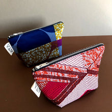 Load image into Gallery viewer, REVERSIBLE POUCH [4 Colors]