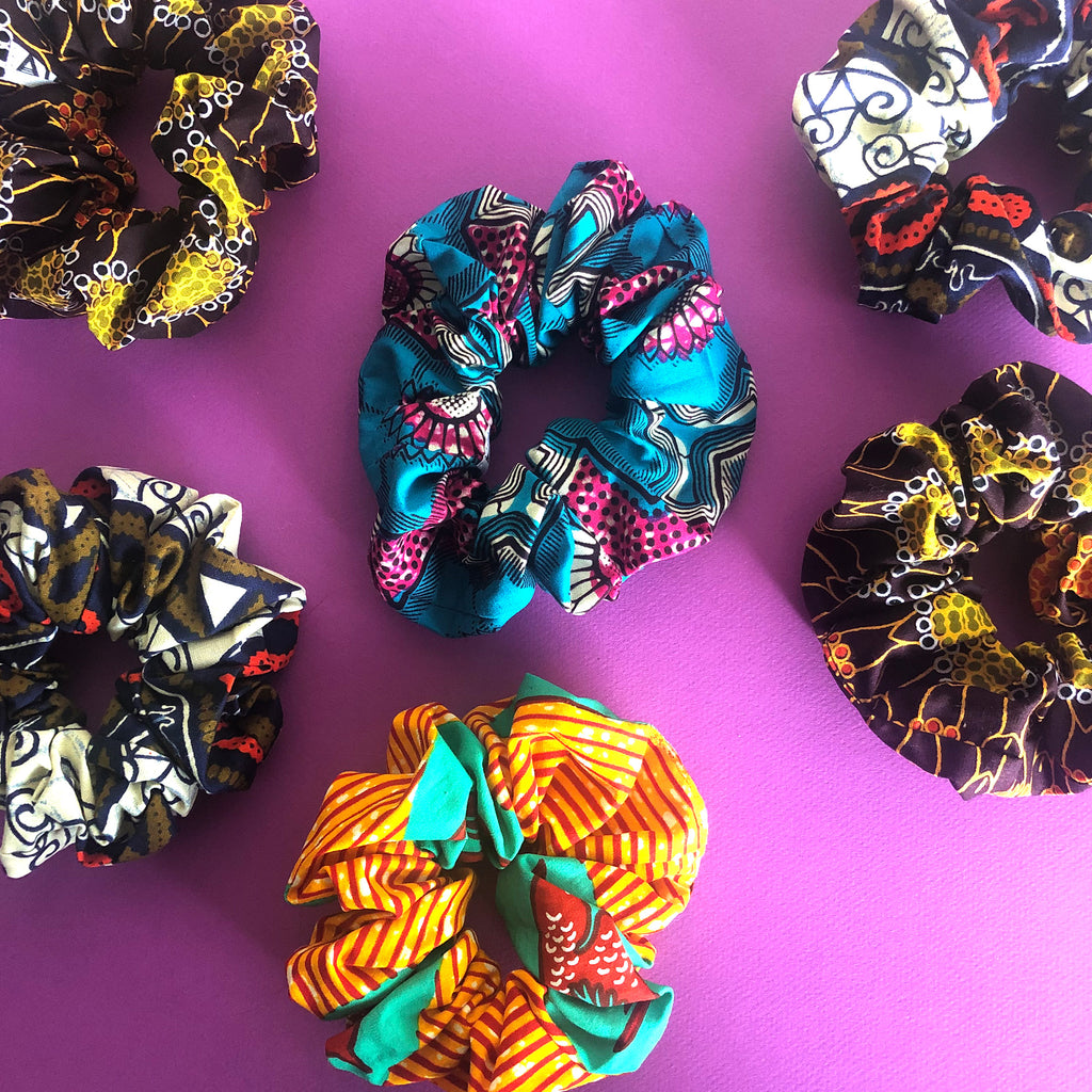 SCRUNCHIES  [7 Colors]