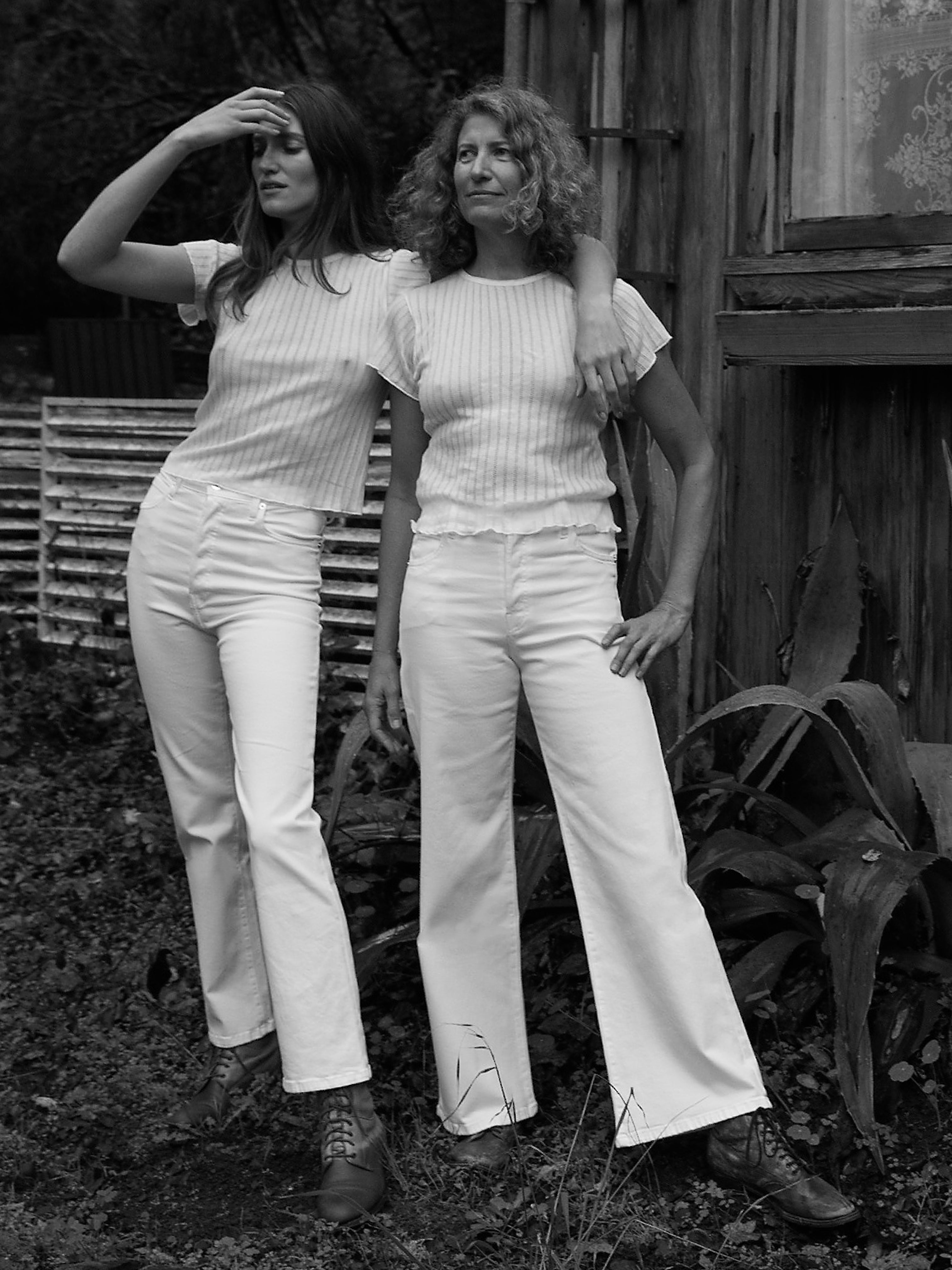 Charlotte Culotte B in Blanc (right)