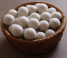 Load image into Gallery viewer, White Felt Balls- 2.5cm
