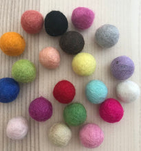 Load image into Gallery viewer, Pack of 20 Felt Balls