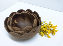 Load image into Gallery viewer, Coconut Flower Bowls Set of 3