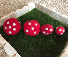 Load image into Gallery viewer, Felt Toadstool 3cm
