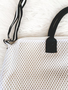 LIGHT AND CUTE GYM BAG