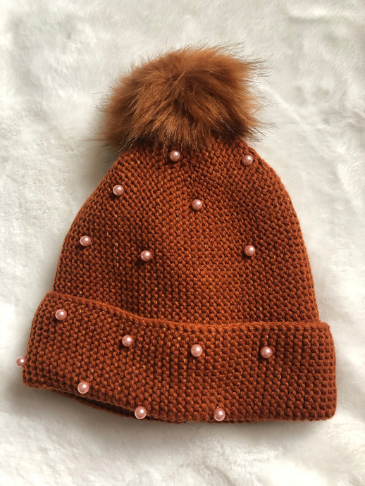 RUST BEANIE WITH Pearl