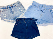 Load image into Gallery viewer, FRINGE DENIM SHORTS