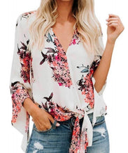 Load image into Gallery viewer, FLORAL LOVE TOP