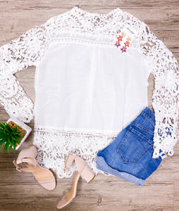 LOVELY LACE TOP