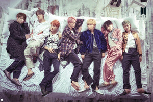 GBeye BTS Group Bed Poster 91,5x61cm | Yourdecoration.nl