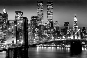 GBeye New York Manhattan Black Poster 91,5x61cm | Yourdecoration.nl