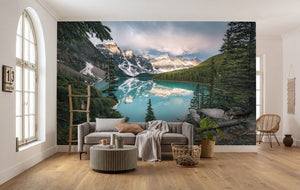 Komar Magic Moraine Morning Vlies Fotobehang 450x280cm 9-banen Sfeer | Yourdecoration.nl